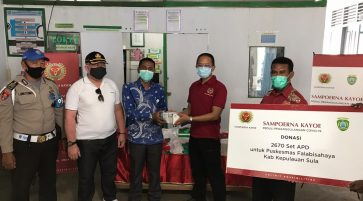 SAMPOERNA KAYOE DONATES 2,670 SETS of PPE to THE FALABISAHAYA HEALTH CENTER